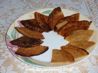 Meetha Cheela (Indian Pancake) Recipe