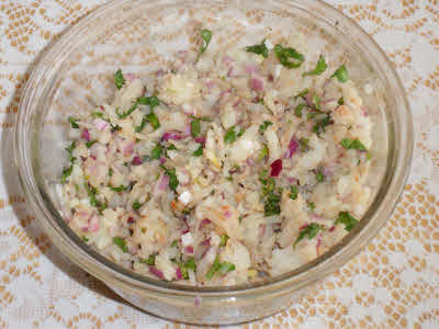 Prepare stuffing for aloo parantha