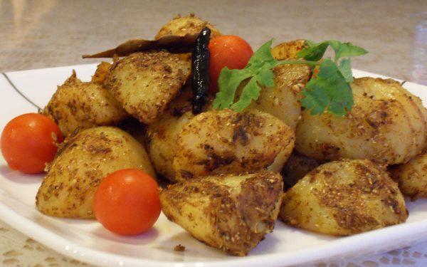 Spicy Sukhe Aloo