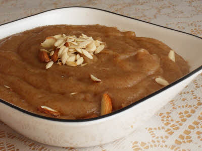 Aate Ka Halwa (Wheat Flour Pudding) Recipe