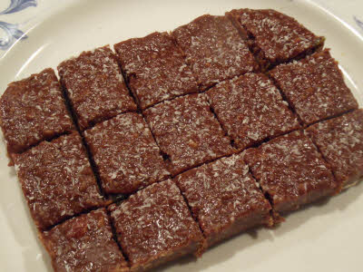Cut chocolate burfi in small pieces