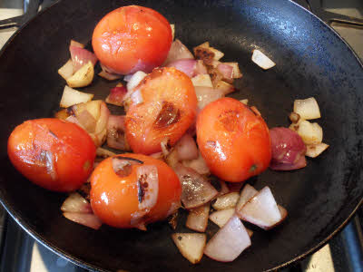 Roast onion, tomato, garlic for roasted tomato chutney