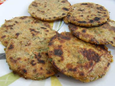 Bajra Parantha