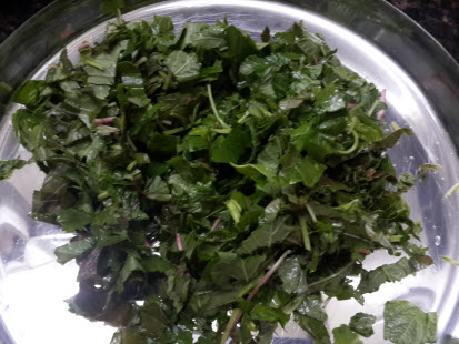 Chopped chaulai leaves