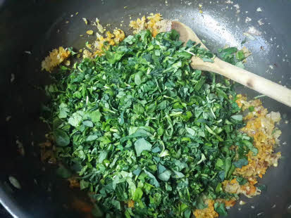 Add spices and leaves for Palak Methi Aloo
