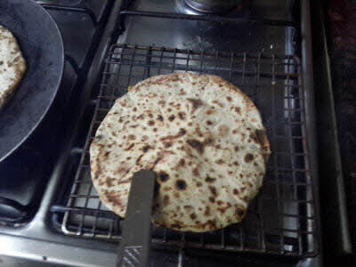Making methi roti