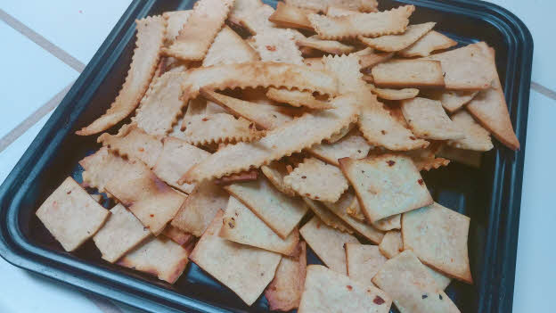 Sourdough Discard Crackers are ready