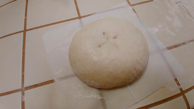 Prepare the dough ball