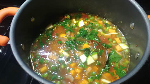 Cook minestrone soup