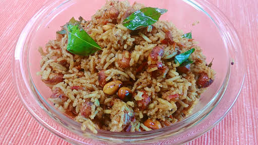 Tamarind rice is ready to serve